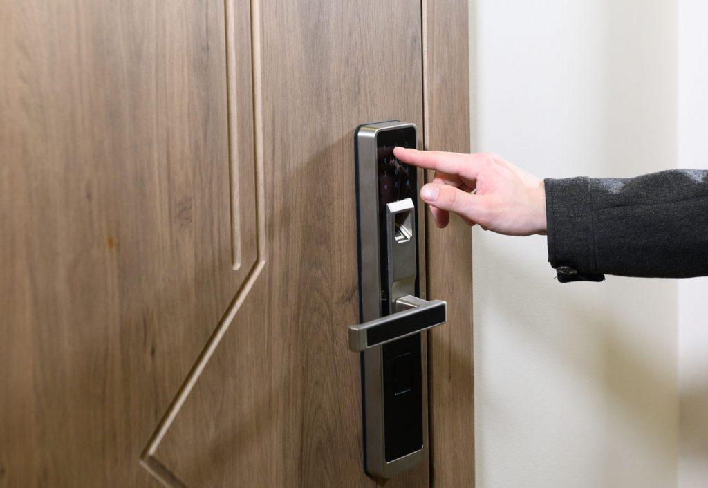 Door Keypad with Electrified Hardware